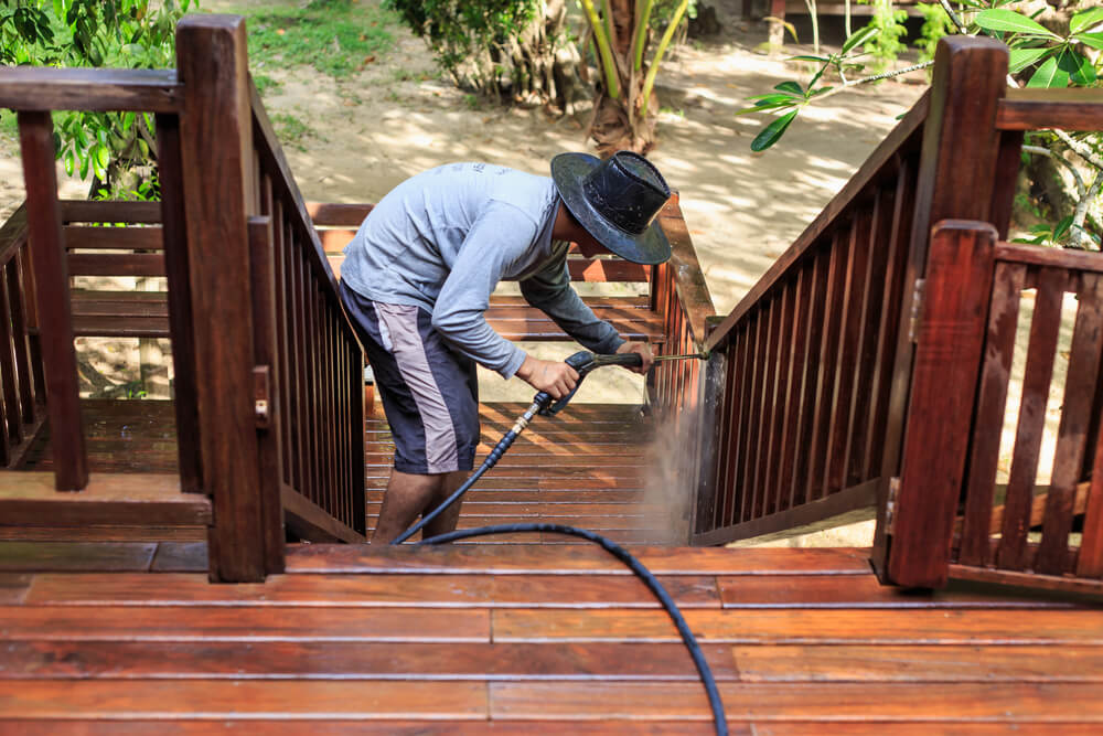 Can You Power Wash a Cedar Deck