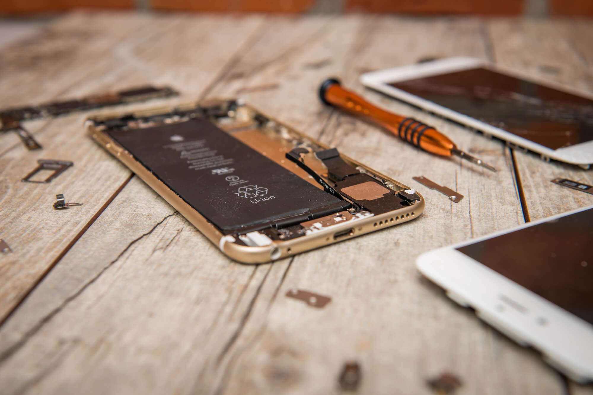 How Long Does an iPhone Battery Last?