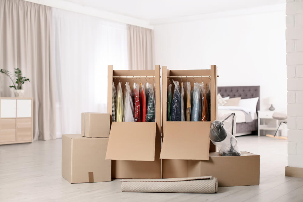 How to Pack Hangers for a Move