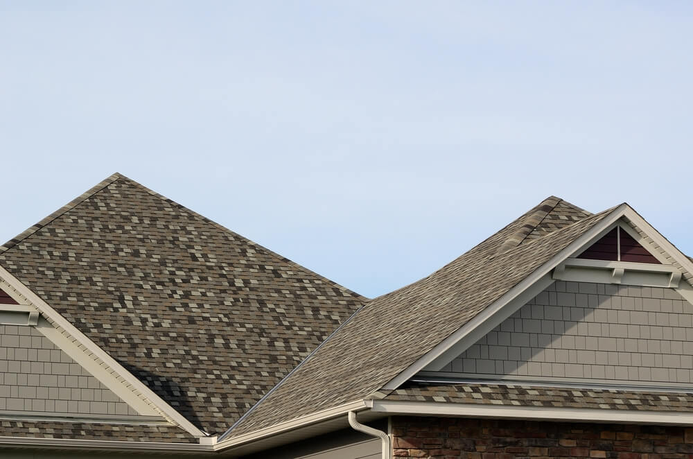 What is the Difference Between a Hip and Gable Roof?