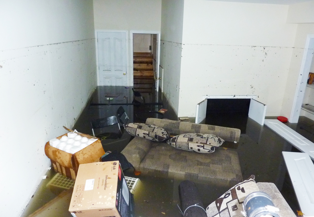 how to clean basement after water damage