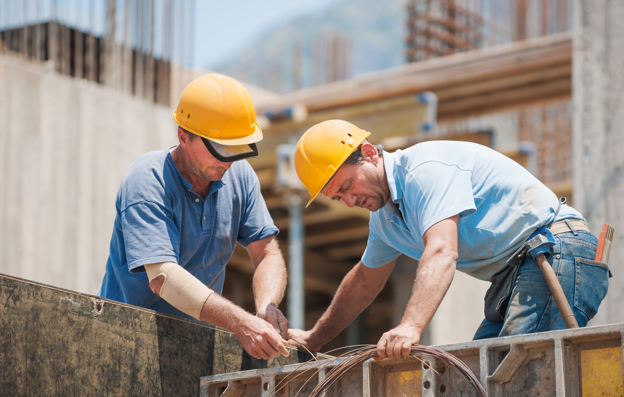 where to find construction workers